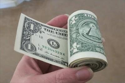 Dolar Meningkat Sementara Menunggu Ketidakpastian Evergrande